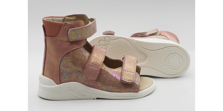 Преимущества детской ортопедической обуви Ортофут