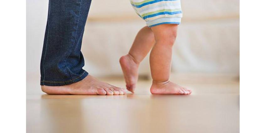 Развитие ходьбы и движений у ребенка в зависимости от возраста