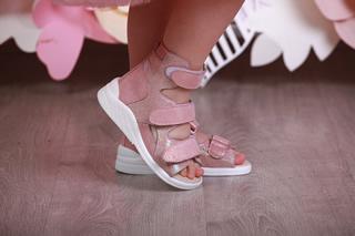 Альтивальгусная детская обувь - босоножки для девочек в Киеве