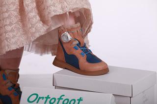 Ортопедические детские ботинки для девочек в Киеве от Ортофут